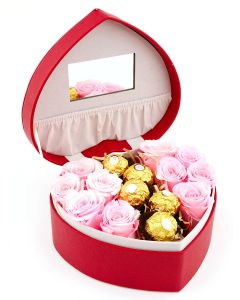 Heart Shaped Jewellery Box with Roses & Chocolates A